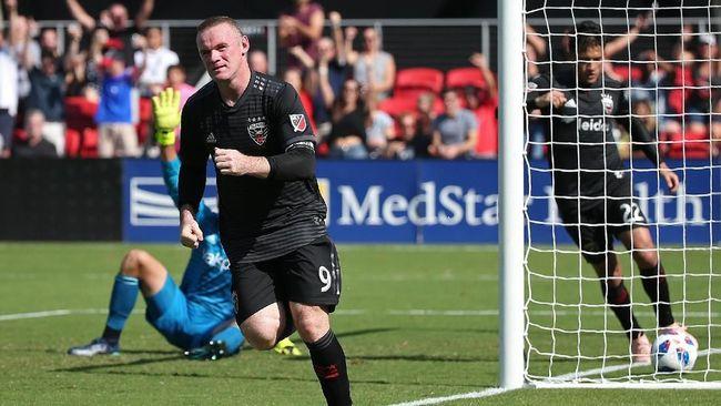 Cetak Gol Spektakuler, Rooney Diminta Balik ke MU