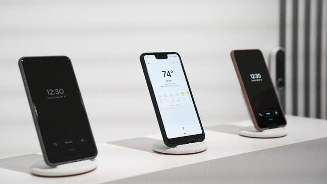 Ponsel Pixel generasi ketiga ini hadir dalam dua versi, Pixel 3 dan Pixel 3 XL. (Drew Angerer/Getty Images/AFP)