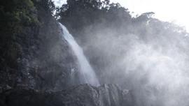 Menuju Air Terjun Tumpak Sewu