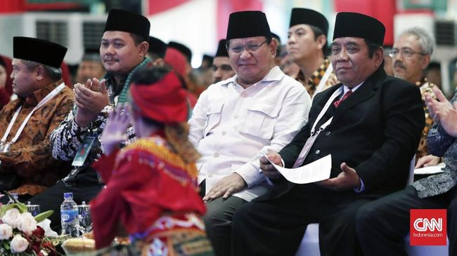 Citra Superhero Prabowo dan <i>Make Indonesia Great Again</i>