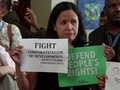 VIDEO: Acara Tandingan IMF-WB Dibubarkan Polisi