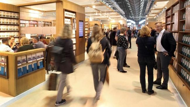 Pun, Frankfurt Book Fair juga menjadikan jenis huruf Georgia sebagai salah satu tema karakter tahun ini. Jenis karakter tersebut telah terdaftar menjadi warisan budaya takbenda UNESCO. (Daniel ROLAND / AFP)