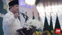 Pekikan Takbir Sambut Prabowo di Milad Front Santri Indonesia