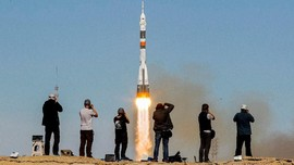 AS Tak akan Pakai Roket Rusia untuk Capai Antariksa