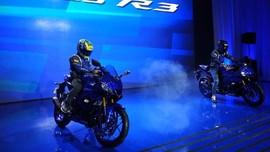 Yamaha R25 dan R3 Baru Debut Dunia di Kemayoran