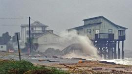 Badai Willa Terjang Meksiko