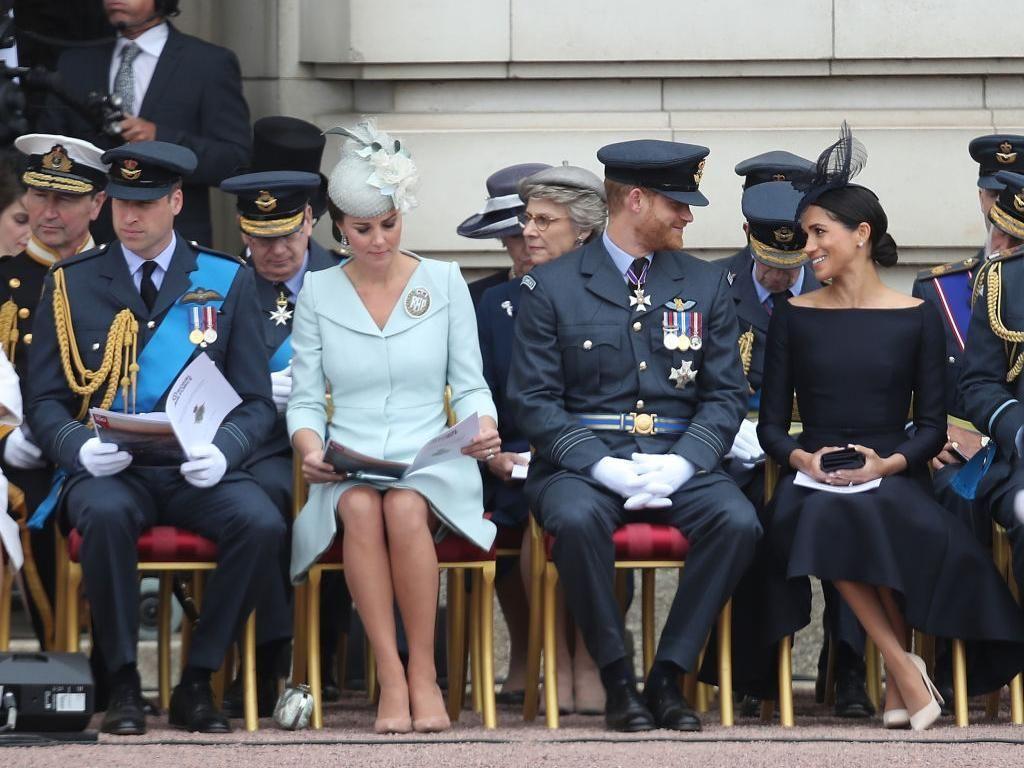 Viral Pangeran William & Harry Jadi Meme Bedanya Nikah 2 Bulan Vs 7 Tahun
