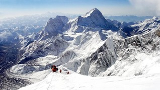 Sembilan Pendaki Hilang Saat Badai di Himalaya
