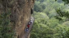 Destinasi 'Solo Trip' Favorit Turis Berusia 30an