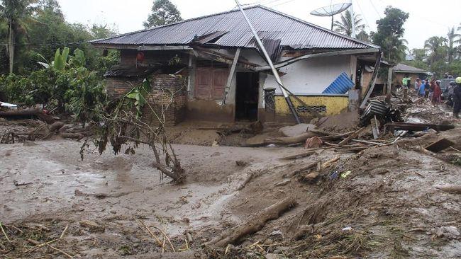 Banjir Sumut dan Sumbar, 22 Tewas dan 15 Orang Hilang