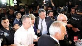 VIDEO: Pastor AS Tahanan Kasus Terorisme di Turki Dipulangkan