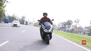 VIDEO: Merasakan Hentakan Honda PCX <i>Hybrid</i>