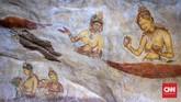 Singkat kata, perang tetap terjadi di antara kedua pihak dan setelah kekalahan Kasyapa, Mugalan memindahkan kembali ibukota kerajaan ke Anuradhapura sementara Sigiriya diubah menjadikuil untuk pemujaan agama Buddha hingga abad ke-14. (CNN Indonesia/Safir Makki)