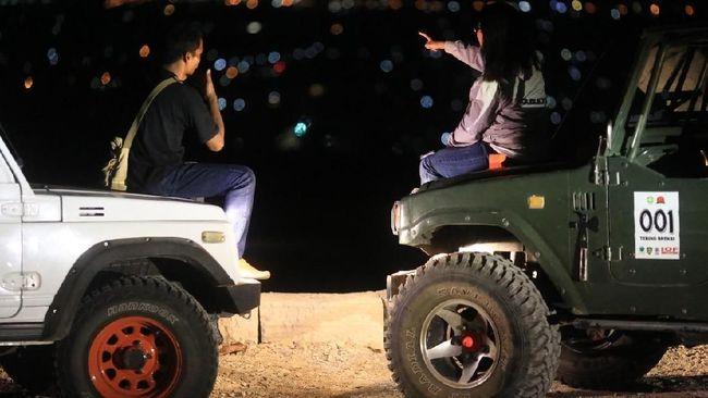 Menikmati Keindahan Kota Yogyakarta dari Watu Tapak Camp Hill