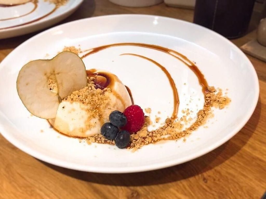 Lembut Creamy Caramel Panna Cotta untuk Pencinta Dessert