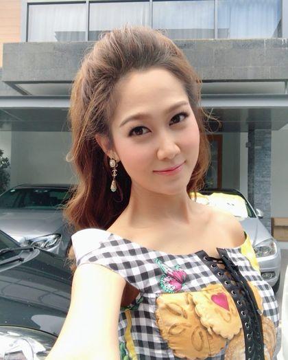 Sosialita Thailand Jadi Kontroversi karena Bagikan ASI Berkantong-kantong