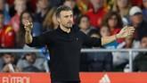 Kekalahan 2-3 dari timnas Inggris merupakan yang pertama untuk Luis Enrique bersama timnas Spanyol. Dalam empat laga terakhir Enrique sukses memberikantiga kemenangan dan menelan satu kekalahan. (Action Images via Reuters/Carl Recine)