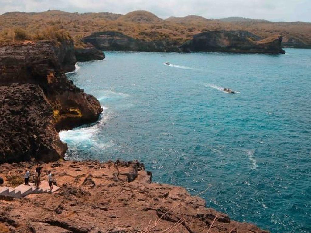 Mau Liburan ke Nusa Penida? Ini Destinasi Cantiknya