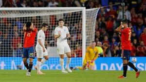 FOTO: Timnas Spanyol Telan Kekalahan Pertama di Bawah Enrique