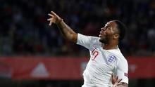 Sterling Akhiri Puasa Cetak Gol Tiga Tahun di Timnas Inggris