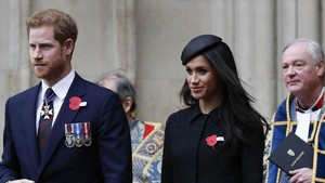 Harry-Meghan Markle Terancam Kehilangan Gelar 'Royal'