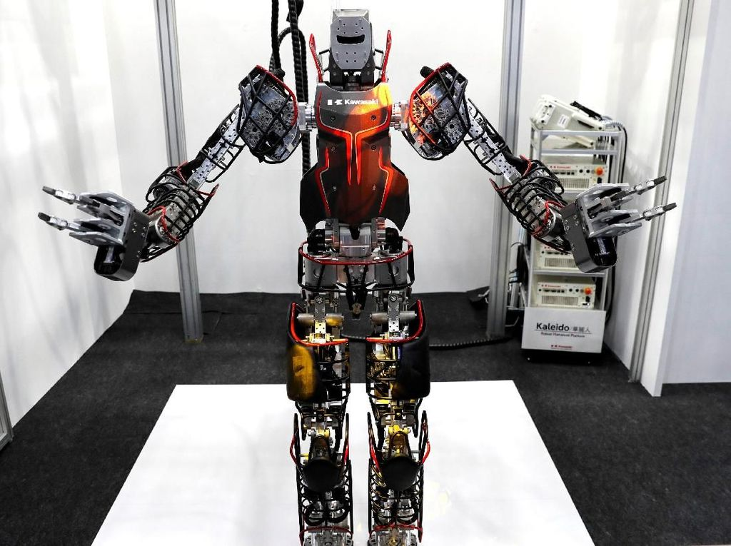 Salah satu alasan diselenggarakannya World Robotic Summit 2018 adalah untuk semakin meningkatkan penelitian dan pengembangan robotik tak hanya di Jepang tetapi di dunia. Pengembangan robot dianggap dapat menjadi solusi untuk membantu manusia dalam melaksanakan aktivitas sehari-hari atau dalam waktu tertentu. Kyung-Hoon/Reuters.
