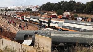 FOTO: Kecelakaan Kereta Membawa Maut di Maroko