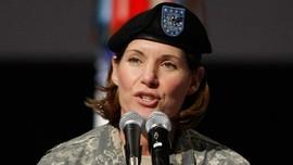 Perdana, Perempuan Pimpin Komando Militer Terbesar AS
