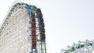 Pertama di Dunia, Roller Coaster Tawarkan Sensasi 'Tabrakan'