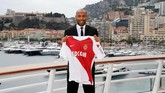 Dengan melatih AS Monaco Thierry Henry bergabung bersama Patrick Vieira, Didier Deschamps, Laurent Blanc, dan Zinedine Zidane sebagai 'alumni' juara Piala Dunia 1998 yang kini menjadi pelatih kepala.(REUTERS/Eric Gaillard)