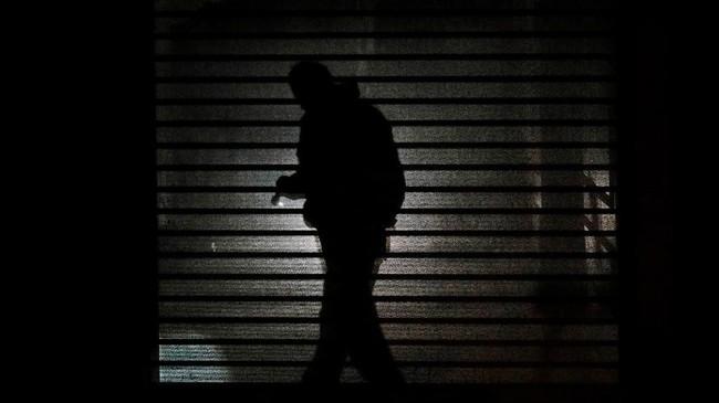 Kepolisian Turki mencari jejak Khashoggi dalam penyelidikan selama delapan jam di dalam gedung konsulat. (Reuters/Kemal Aslan)