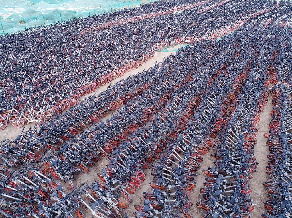 Pemandangan Mencengangkan Puluhan Ribu Sepeda Online