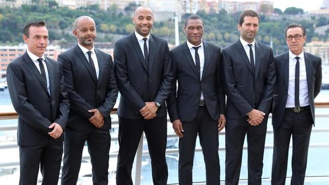 Di Monaco Thierry Henry akan dibantu oleh staf pelatih (kiri ke kanan):Carlo Spignoli (kebugaran), Patrick Kwame Ampadu (asisten pelatih),asisten pelatih Joao Tralhao (kedua dari kanan), dan pelatih kiper Andre Amitrano (kanan). (Valery HACHE / AFP)
