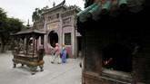 Kuil A-Ma merupakan kuil penganut Tao yang tertua di Makau. Kuil ini dibangun pada 500 tahun yang lalu, sekitar tahun 1488, bahkan sebelum Makau terbentuk menjadi kota.