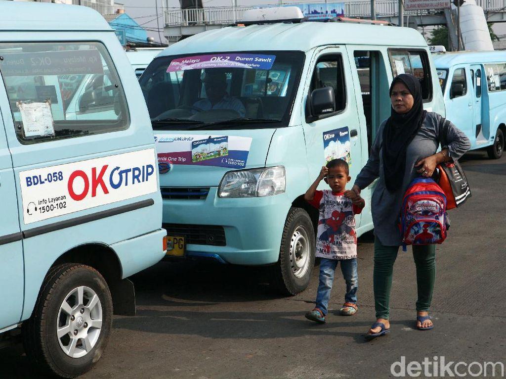 Gubernur DKI Jakarta Anies Baswedan telah mengumumkan nama baru integrasi transportasi di Jakarta, Senin (8/10/2018) lalu. Nama yang asalnya OK Otrip diubah menjadi Jak Lingko.