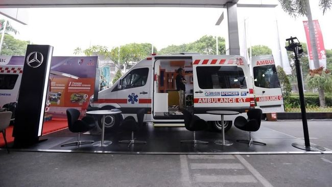 Mercedes-Benz Indonesia Rancang Ambulans Versi Mewah