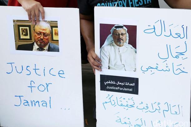 Aksi Solidaritas untuk Jamal Khashoggi di Depan Kedubes Saudi