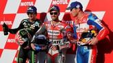 Johann Zarco (kiri), Andrea Dovizioso (tengah), dan Jack Miller akan menjadi pebalap yang mengisi posisi baris terdepan pada start MotoGP Jepang 2018. (REUTERS/Toru Hanai)