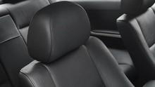'Headrest' Mobil Bukan Sekadar Sandaran Kepala