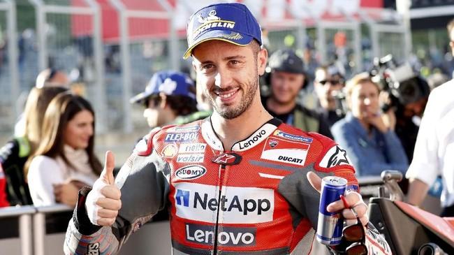 Berada di posisi start pertama membuka peluang Dovizioso mengulang keberhasilan tahun lalu ketika tampil sebagai juara MotoGP Jepang. Selain itu Dovi juga berpeluang menunda pesta juara Marquez. (REUTERS/Toru Hanai)
