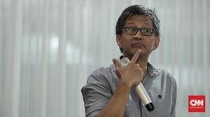 Rocky Bukan Pro Prabowo, Tapi Bertekad 'Gulung Karpet Istana'