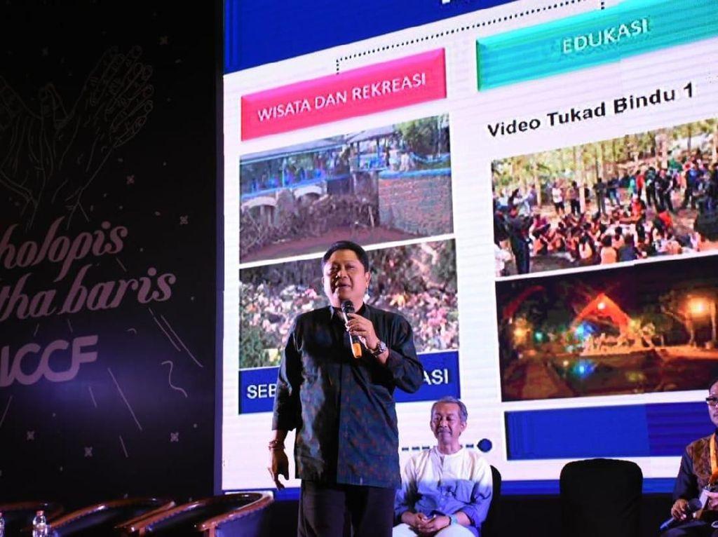 Pada ajang tersebut, Orang nomor satu di Kota Denpasar ini satu panggung bersama deretan pembicara seperti Paulus Mintarga dari Rempah Rumah Karya, Prof. Dr. Widodo Muktiyo Wakil Rektor 4 UNS, dan para pelaku pariwisata. Foto: dok. Pemkot Denpasar