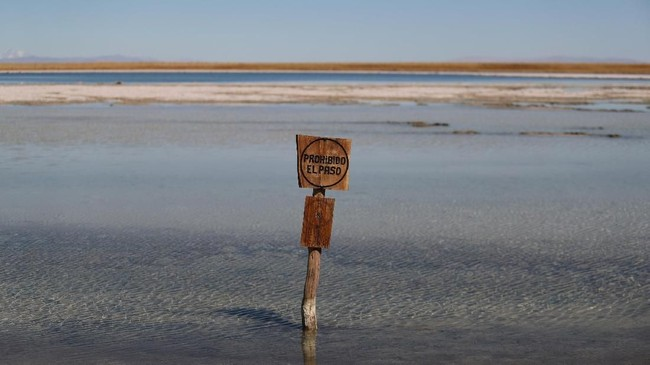 FOTO: Masalah Air dan Penambangan Litium di Chile