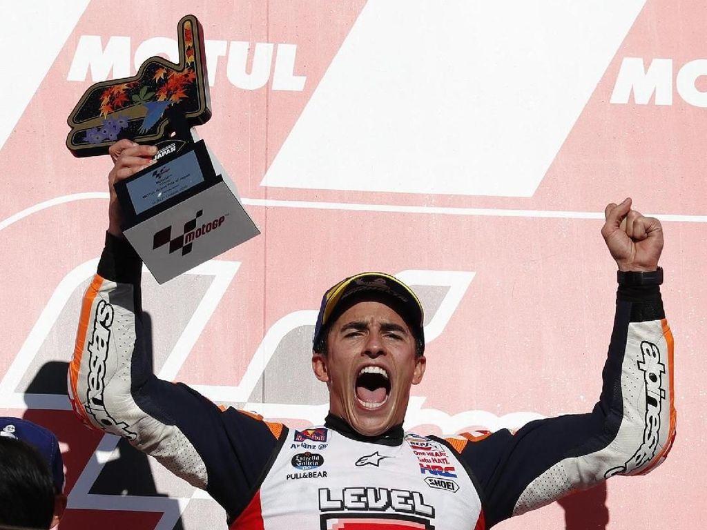 Keberhasilan ini turut menandai bahwa Marquez sudah tiga kali mengunci gelarnya di Jepang dari total lima titel juara dunia. Sebelumnya terjadi di musim 2014 dan 2016. Reuters/Toru Hanai.