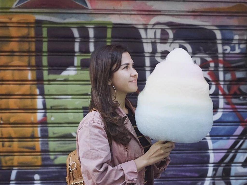 Hobi Ngopi dan Makan Es Krim, Michelle Joan Selalu Tampil Cantik dan Hits