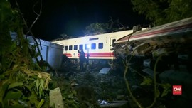VIDEO: Belasan Orang Tewas Akibat Kecelakaan Kereta di Taiwan