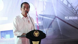 Jokowi Serahkan 257 Sertifikat Tanah Wakaf untuk Masjid