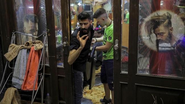 Kota Damaskus dikuasai oleh pemerintah selama peperangan, sehingga kerusakan di kota ini lebih sedikit dari daerah yang dikuasai oposisi.(REUTERS/Marko Djurica)