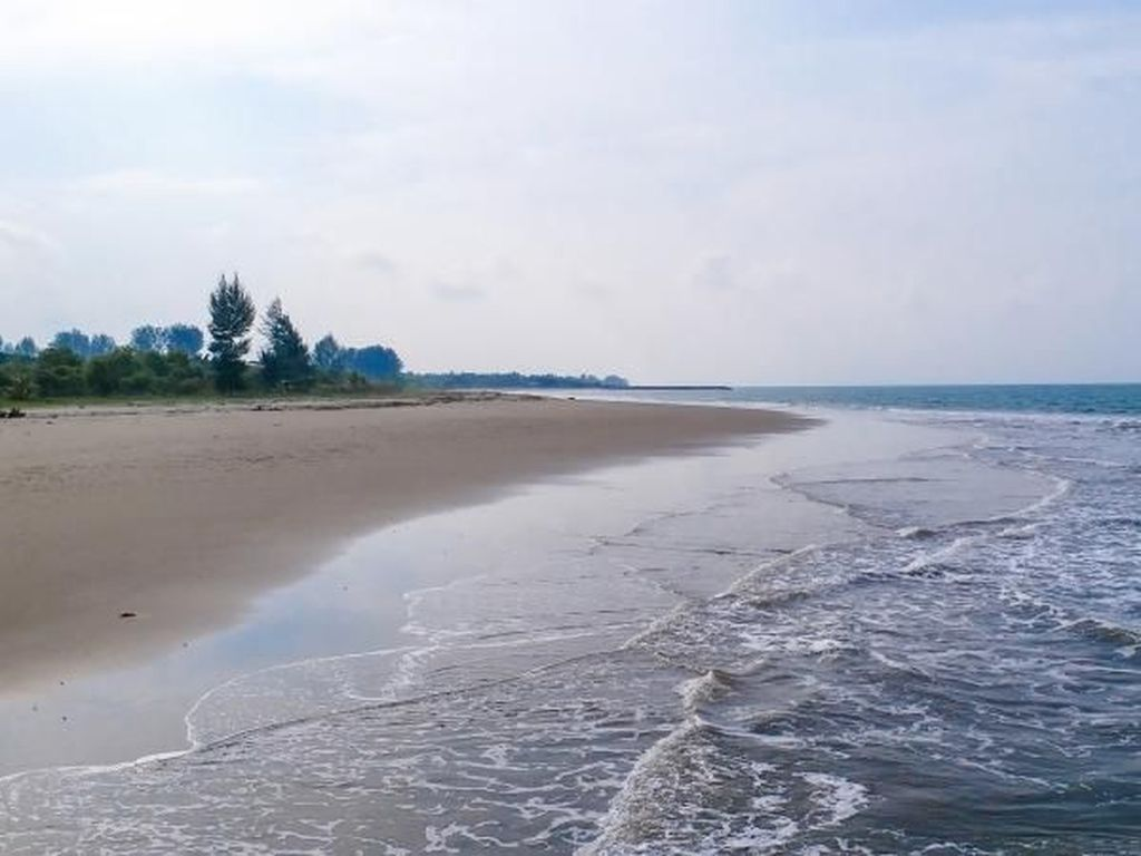 Pantai Asyik di Lhokseumawe