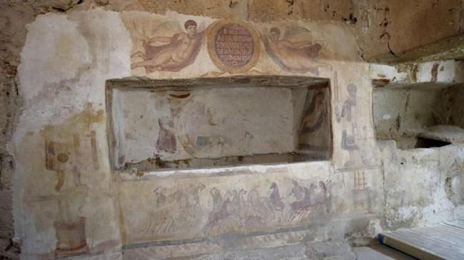 Akibat kekacauan yang melanda Libya, banyak artefak kuno menjadi sasaran penjarahan.(REUTERS/Ismail Zitouny)